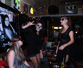 Marmaris'te 'Cadılar Bayramı' Kutlandı