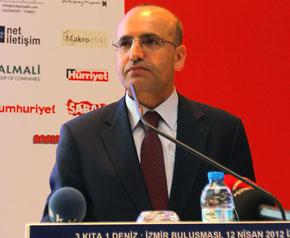 """""""Türkiye, karanlık fasıllarını aydınlatmaya çalışıyor"""""""