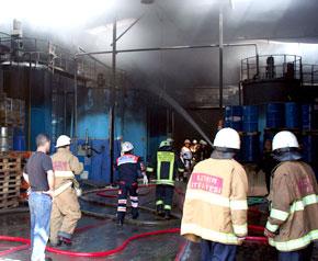 Madeni Yağ Fabrikası'nda yangın