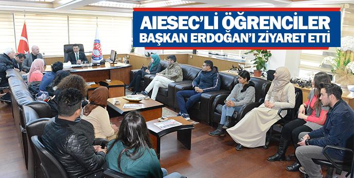 AIESEC'li öğrenciler Başkan Erdoğan'ı ziyaret etti