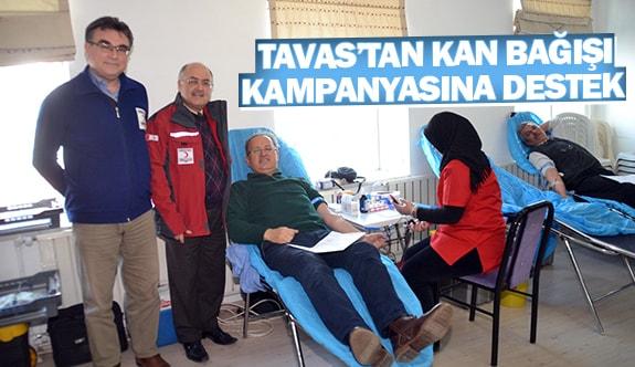Tavas'tan kan bağışı kampanyasına destek