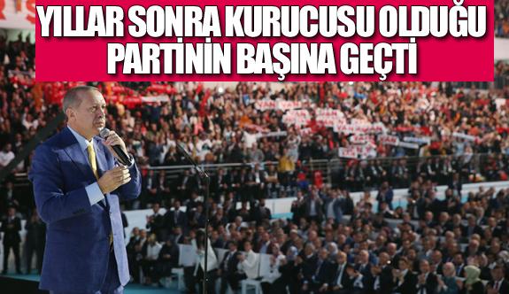 Erdoğan yeniden kurucusu olduğu partinin başına geçti