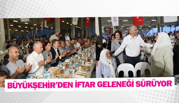 Büyükşehir'den iftar geleneği sürüyor