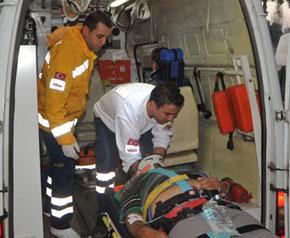Bozdoğan'da trafik kazası, 4 yaralı
