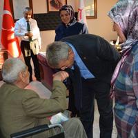 Başkan Şevkan Huzurevini Ziyaret Etti