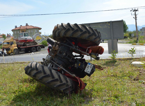 Trafik kazası; 1'i ağır 2 yaralı