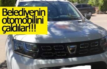 Belediyenin otomobilini çaldılar!