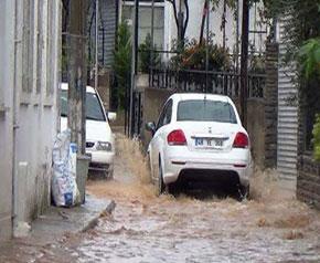 Bodrum sokakları Venedik'e döndü