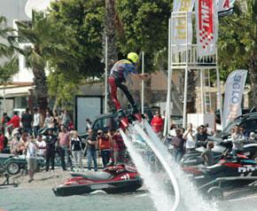 Bu da Su Jeti yarışı!