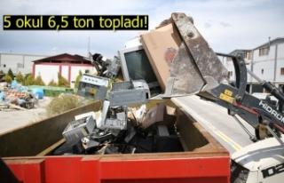 5 okul 6,5 ton topladı!