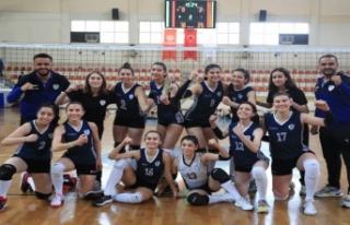 Denizli Pamukkale Belediyespor Kadın Voleybol Takımı...