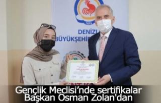 Gençlik Meclisi'nde sertifikalar Başkan Osman...