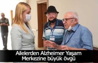 Ailelerden Alzheimer Yaşam Merkezine büyük övgü