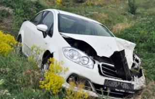 Feci kazada 1 ölü 4 yaralı