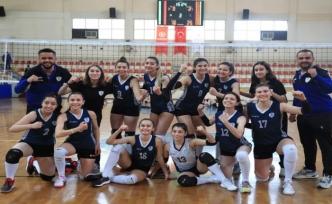 Denizli Pamukkale Belediyespor Kadın Voleybol Takımı hedef büyüttü