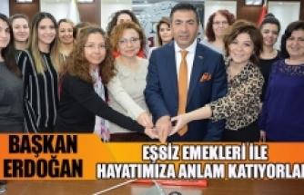 """Başkan Erdoğan;""""eşsiz emekleri ile hayatımıza anlam katıyorlar"""""""