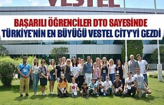 Başarılı öğrenciler DTO sayesinde Türkiye'nin en büyüğü Vestel city'yi gezdi