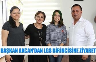 Başkan Akcan'dan LGS birincisine ziyaret