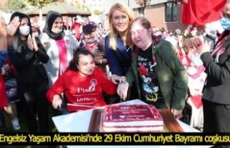 Engelsiz Yaşam Akademisi'nde 29 Ekim Cumhuriyet Bayramı coşkusu…