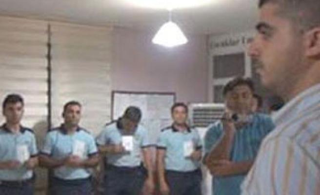 Emekli polisler, canlı teşhis olayını kınadı