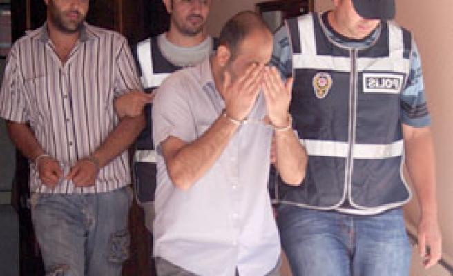 İzmir polisinden zehir tacirlerine büyük darbe