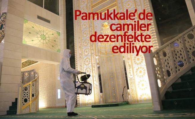 Pamukkale'de camiler dezenfekte ediliyor