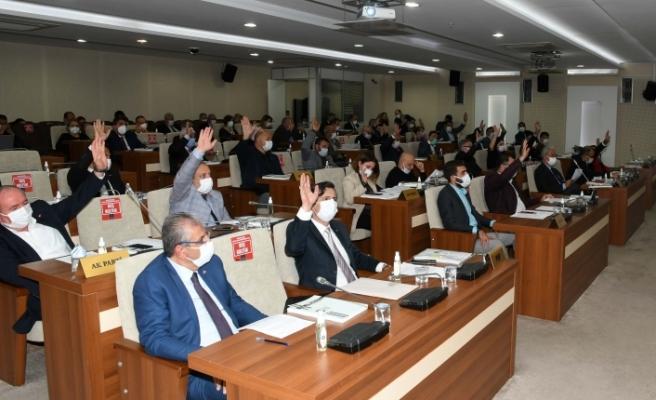 """İzmir Karabağlar Gençlik Merkezi'ne """"Atatürk"""" adı verildi"""