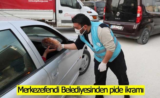 Merkezefendi Belediyesinden pide ikramı