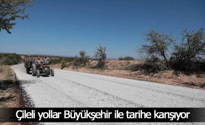 12 kilometrelik toprak yol asfaltlandı