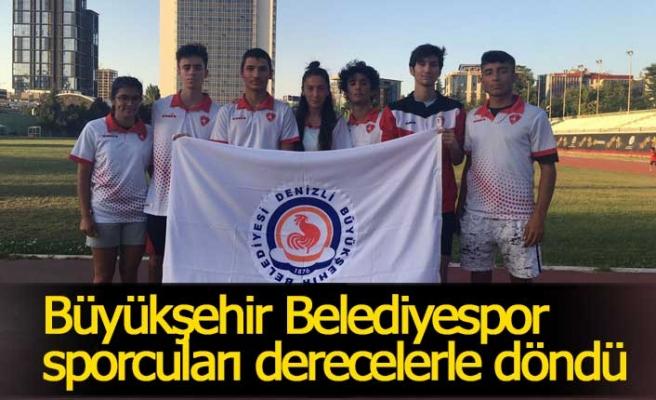 Büyükşehir Belediyespor sporcuları derecelerle döndü